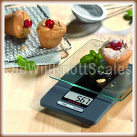 The Soehnle Fiesta in a kitchen setting weighing a muffin