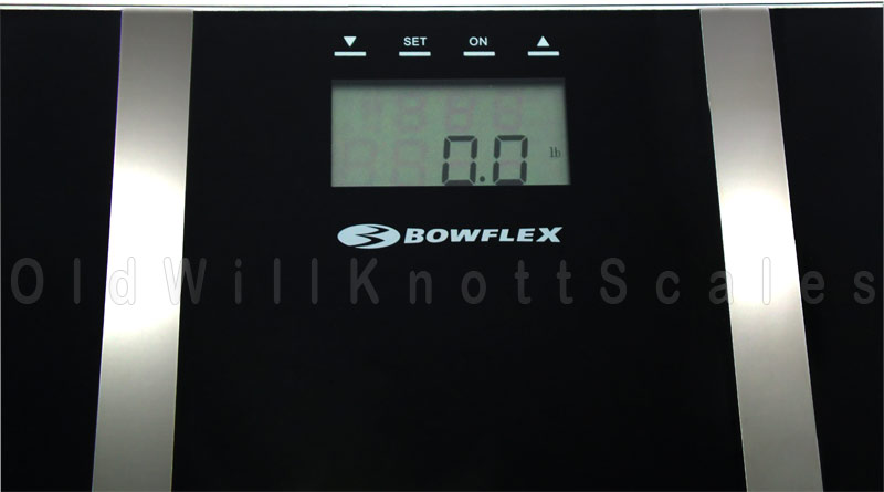Taylor Bowflex 5728F - Close-Up Of Weight Display And Controls